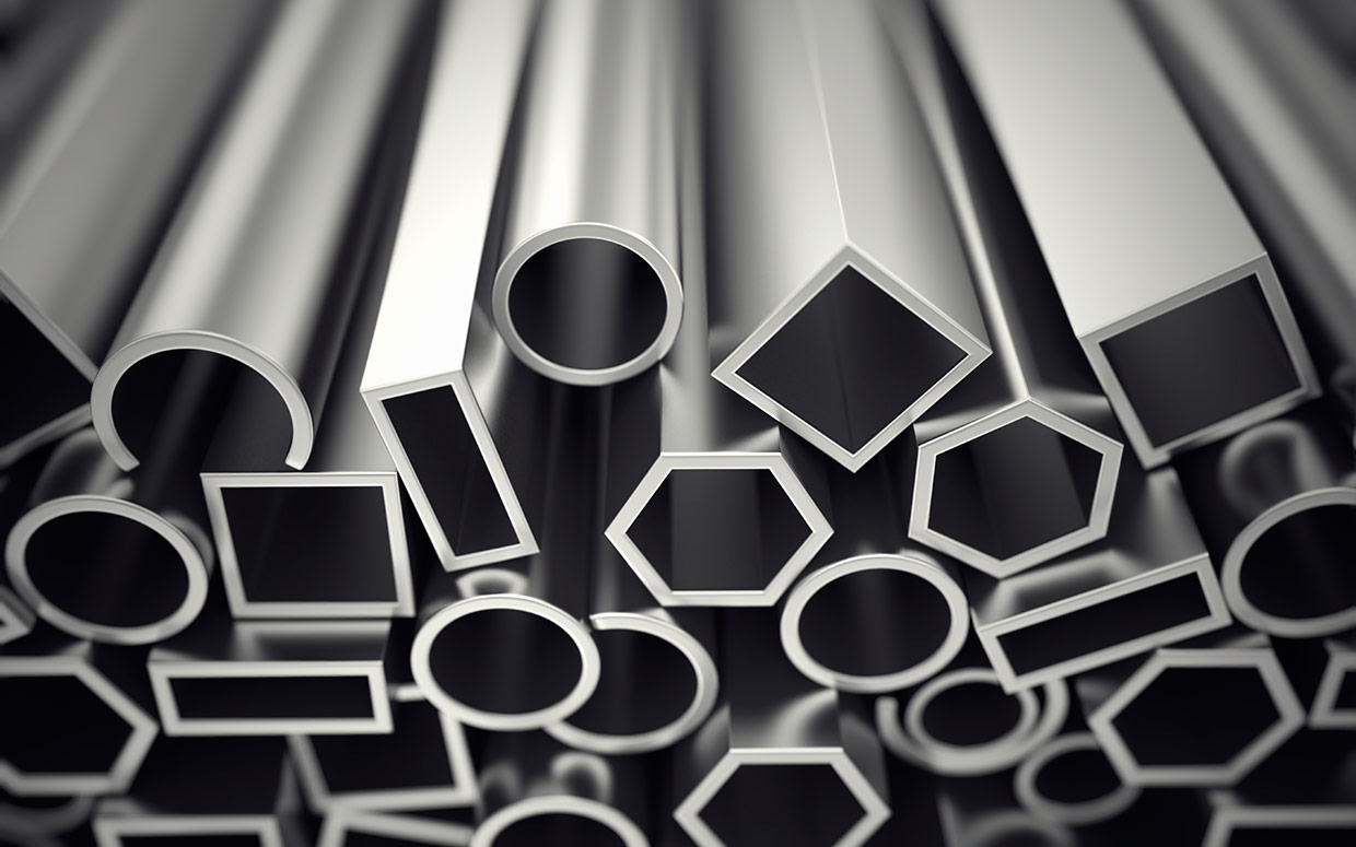 What are the differences between stainless steel and aluminium?